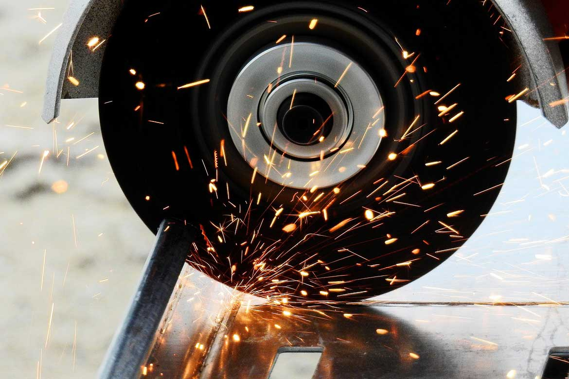 7 Types Of Angle Grinder Accidents And How To Stop Them header image
